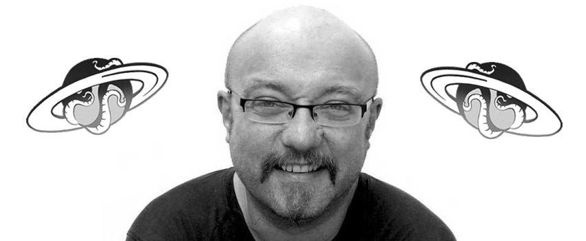 Celsius 232, Dan Abnett </br>y los guionistas del videojuego