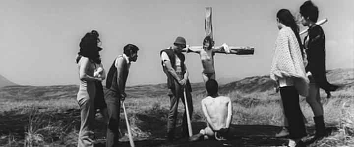 Fotograma de 'Violent Virgin' (1969). Dirigida por Kôji Wakamatsu, ex yakuza y activista comunista.